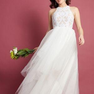 Mod Cloth Wedding Dress